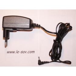 Adaptateur secteur MA3020 pour navigation VDO